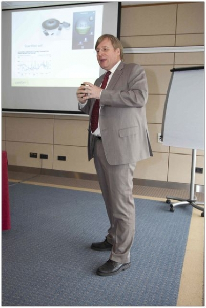 Berend de Vries geeft les